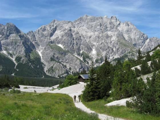 Západní stěna údolí Wimbachtal